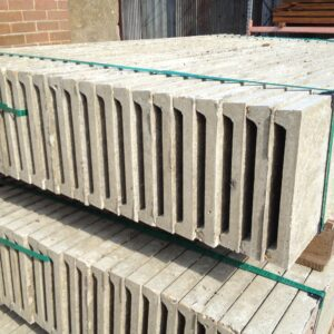 Gravel boards Timber + Concrete